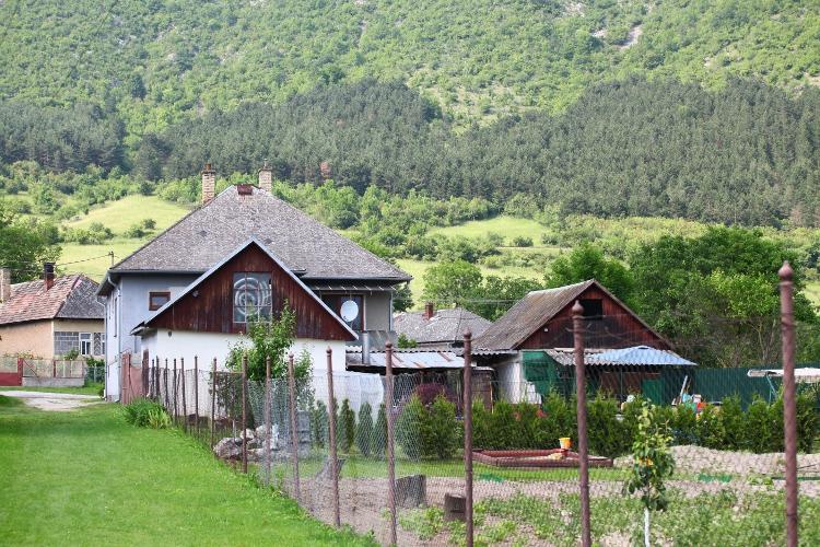 Domy, ktoré sa nachádzajú pri vodopáde