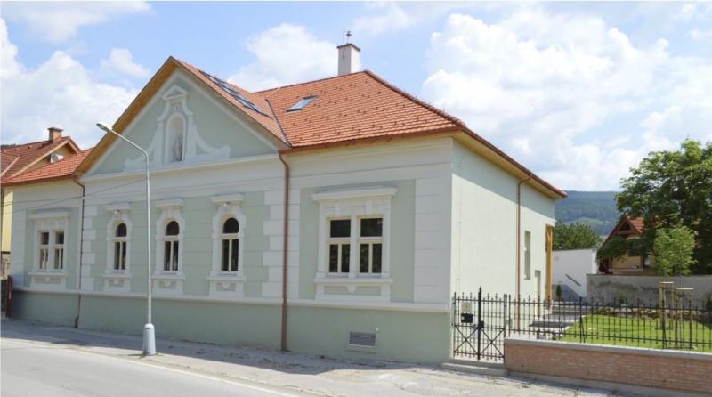 budova_gos_po